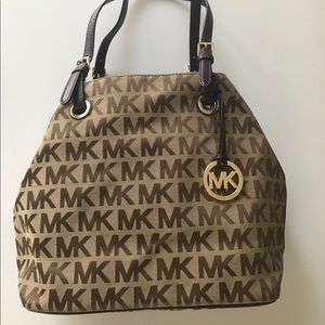 MK Large women's tote with Purple Straps